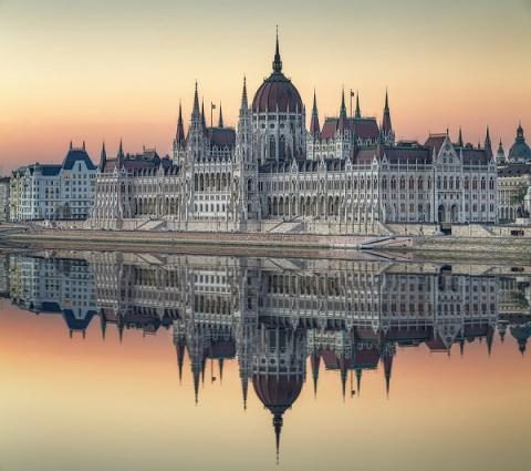 Capital Real Estate Budapest  Newsletter - June 2017